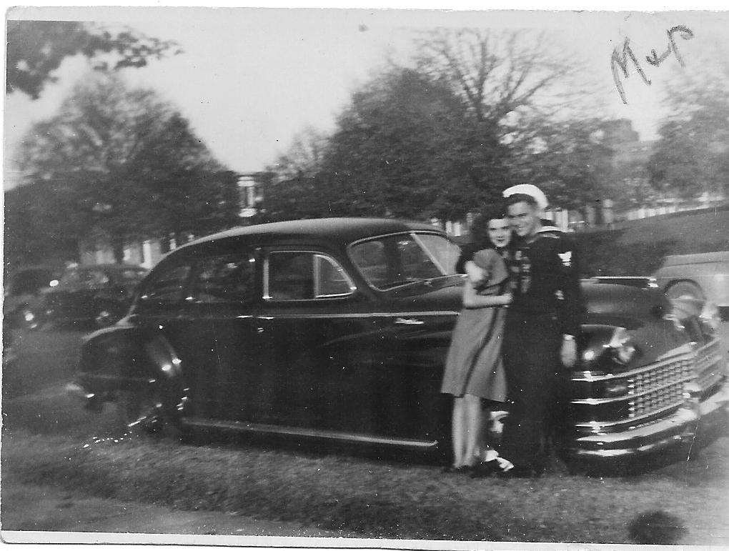 Jack & Betty 1946 by car