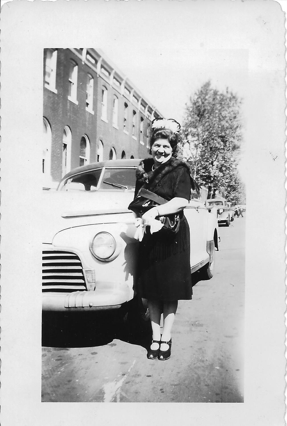 Mimi with a car
