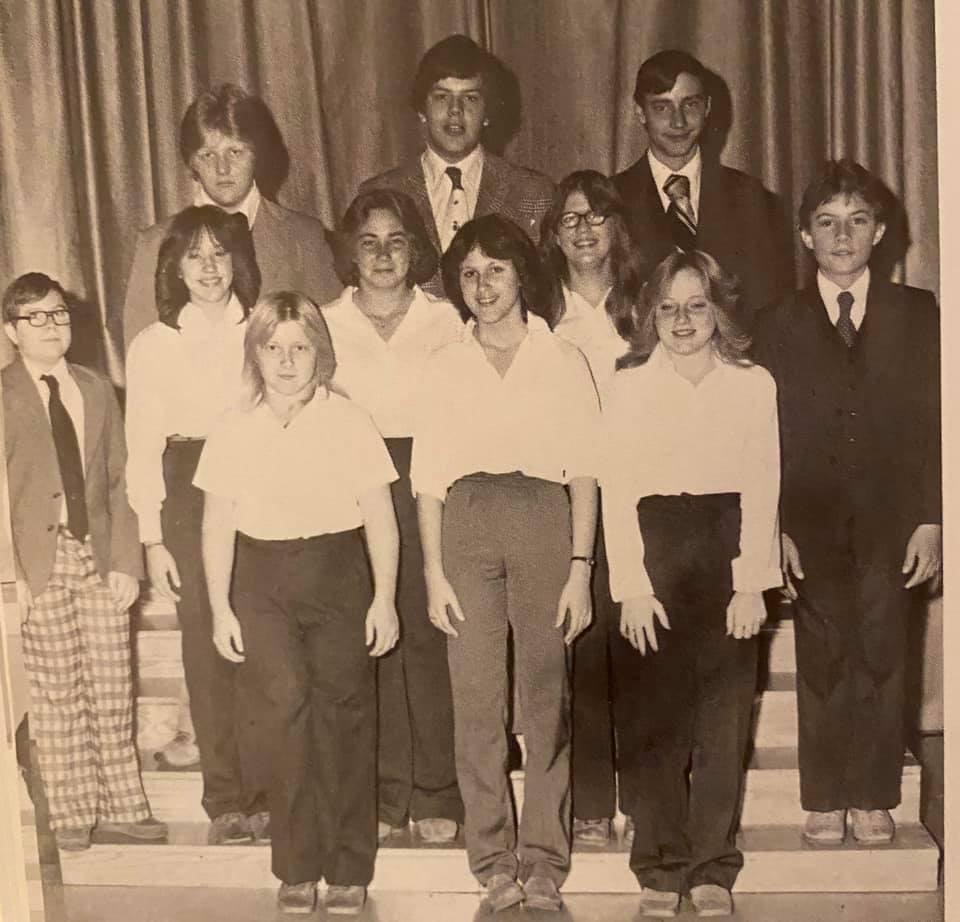 Mt. Carmel Group Shot with Joe 1979