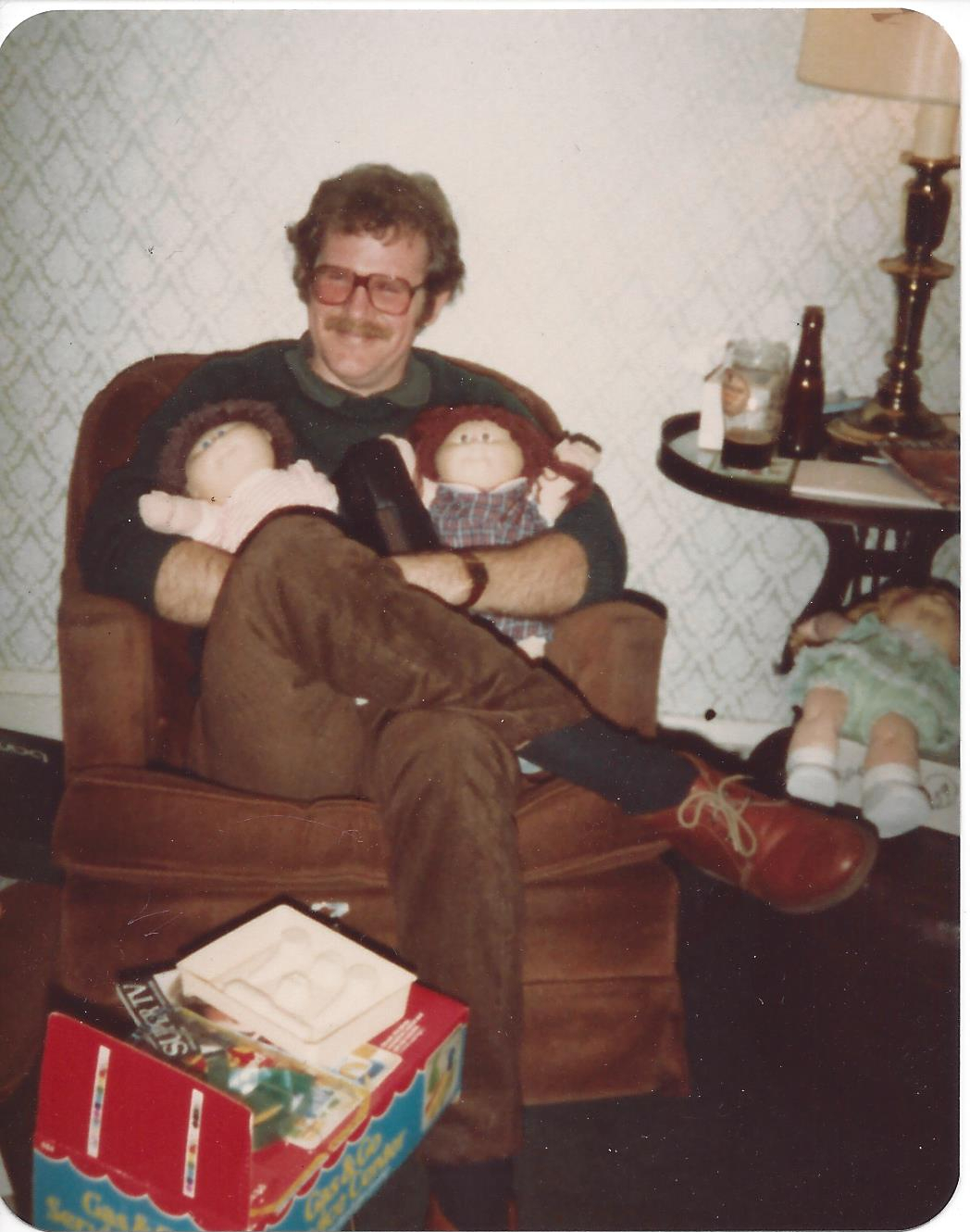 1983 Jim xmas with dolls-Lakewood